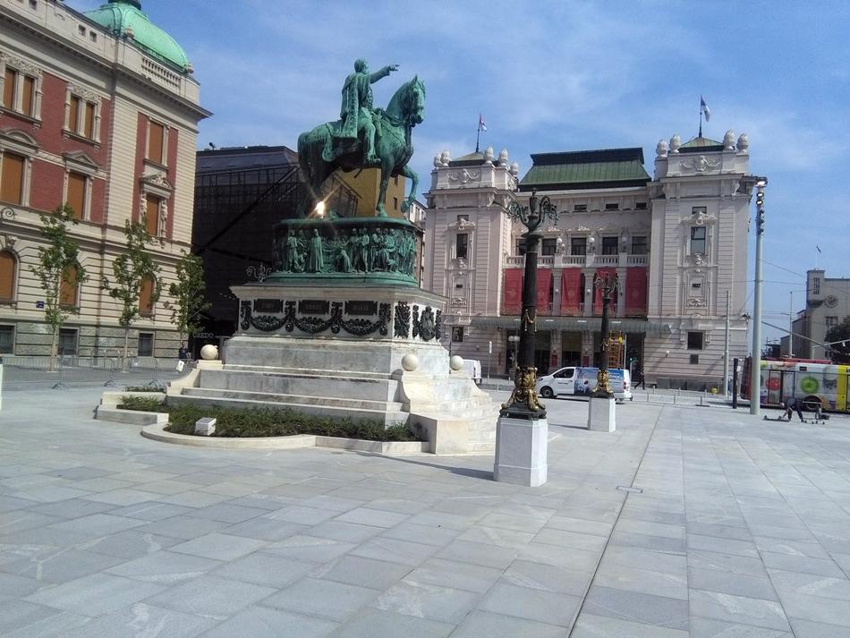 Spomenik knezu Mihailu u Beogradu